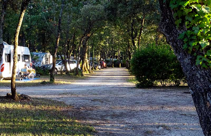 camping truffieres drome provencale
